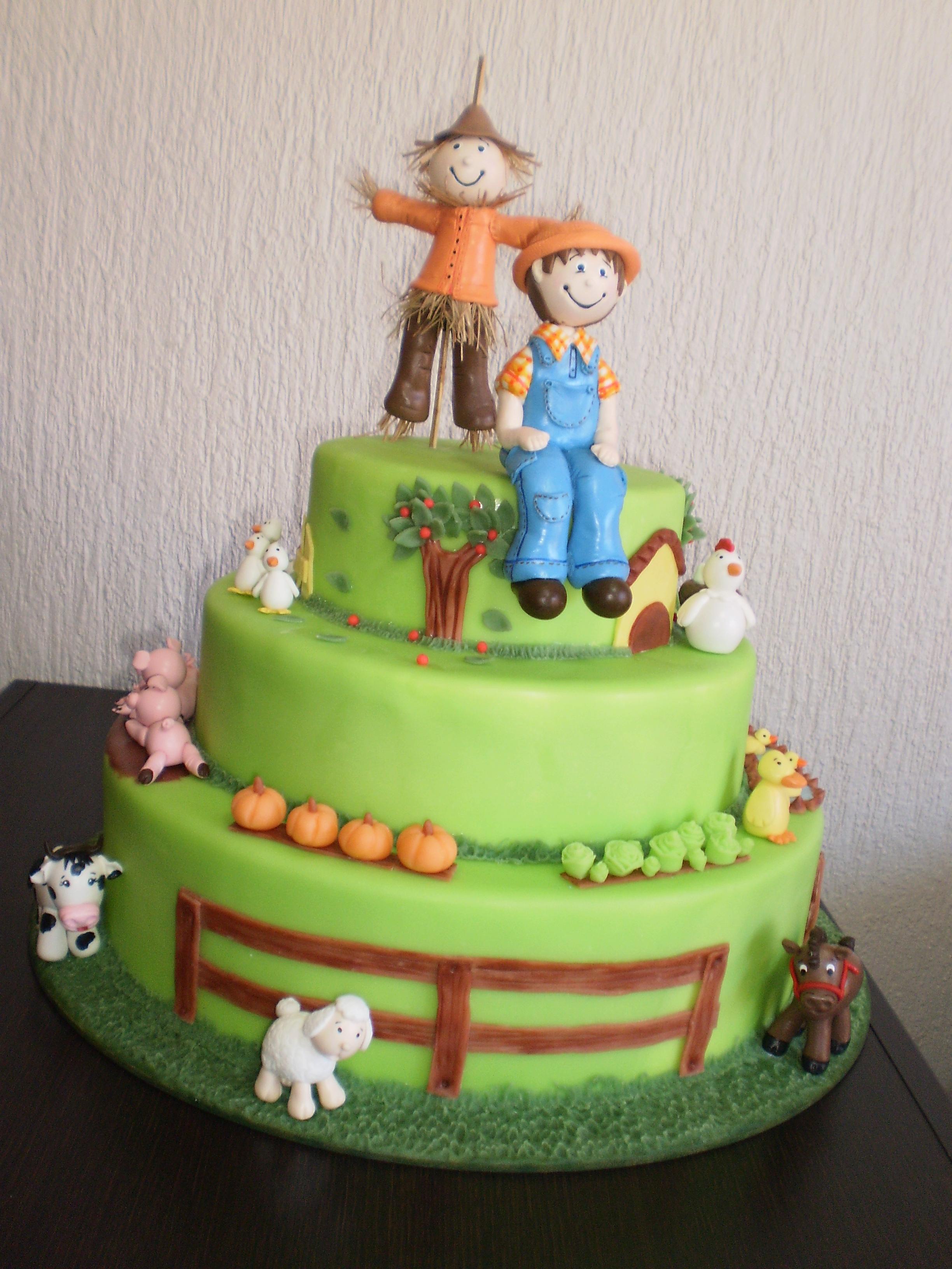 Bolo de Aniversario da Joaninha - Ladybug Cake - YouTube
